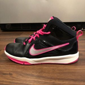 Nike Shoes - Nike Basketball Shoes